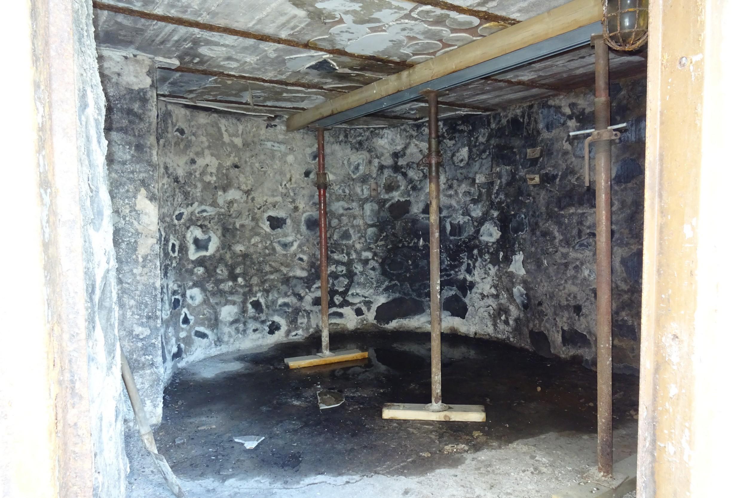 Der Innenraum des alten Wehrturms der Freiheiter Stadtmauer